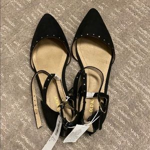 NWT Old Navy Black Flats With Ankle Strap